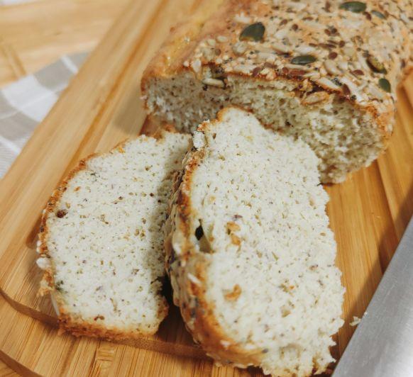 Pan de coco y nueces de macadamia