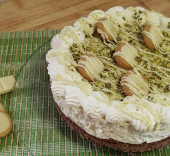 Cheesecake de chocolate blanco y pistachos