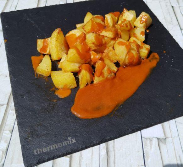 Patatas bravas...las auténticas sin tomate!!!