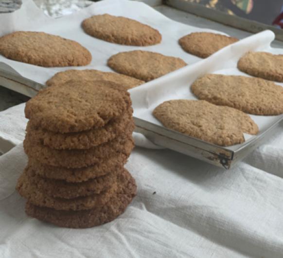 Siempre buscamos recetas de galletas que no lleven mantequilla, éstas serian las tuyas. A por ellas.....
