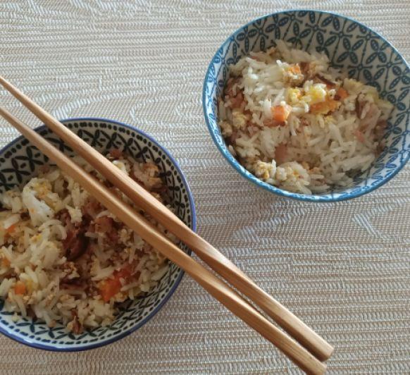 Arroz asiatico con huevo