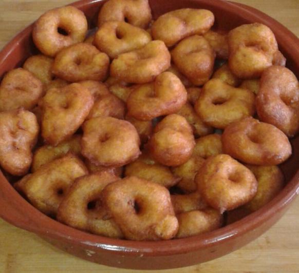 BUÑUELOS ( Buñols )