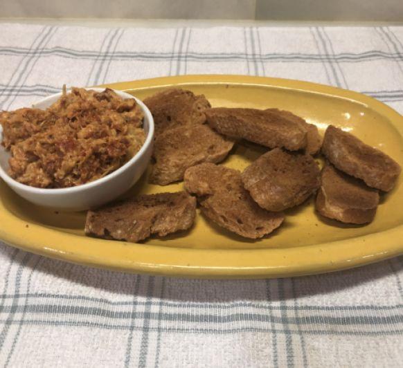 Pate de alcachofas y tomates secos